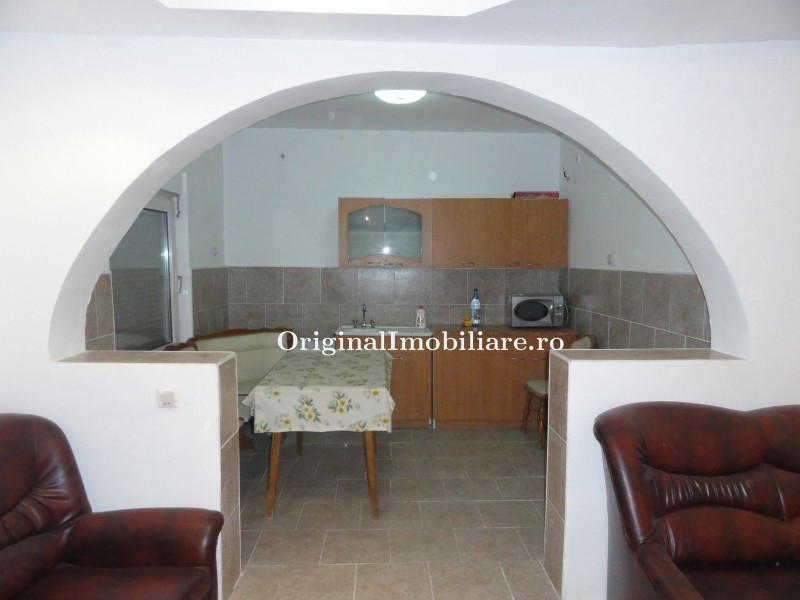 Vand ( schimb cu apartament in Arad sau in Bucuresti) casa noua P+M in Pecica