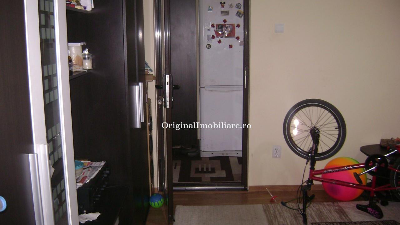 Apartament 2 camere semidecomandat, parter,  zona Vlaicu-Lidl