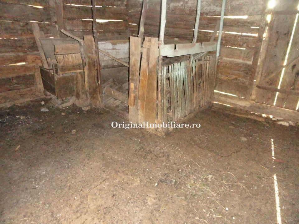Casa din caramida in loc. Crocna