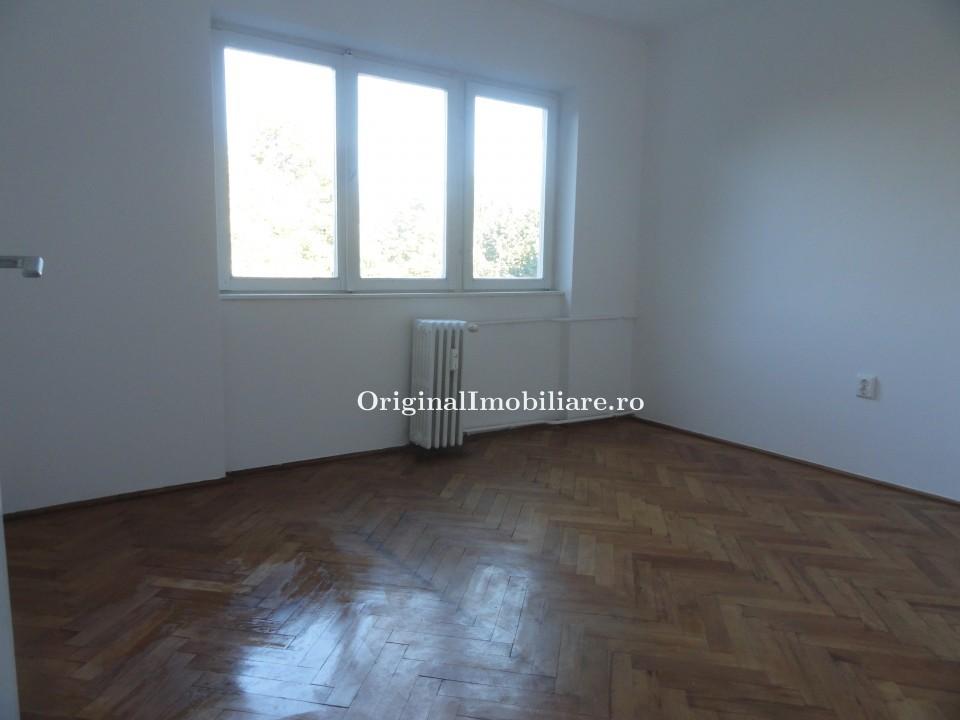 Apartament 2 camere Bdul Revolutiei