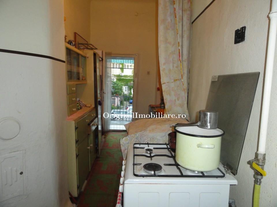 Apartament 2 camere Bdul Revolutiei langa Palatul Copiilor