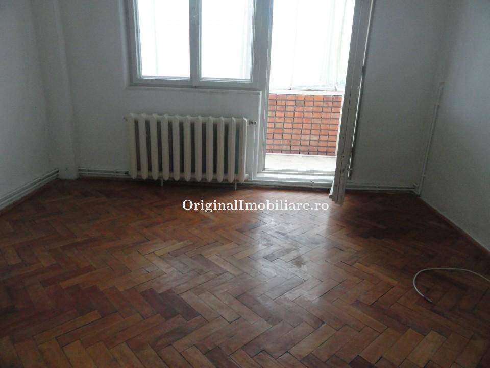 Apartament 3 camere, 2 bai, 2 balcoane, garaj, etaj 1
