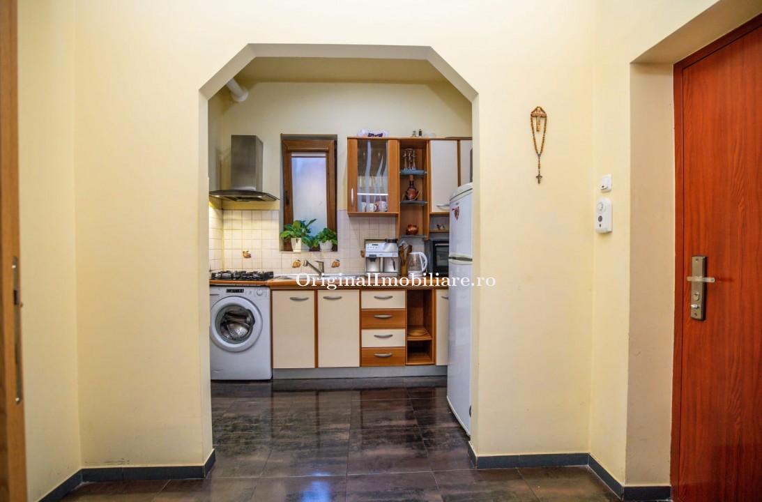 Apartament 2 camere renovat total Bdul Revolutiei