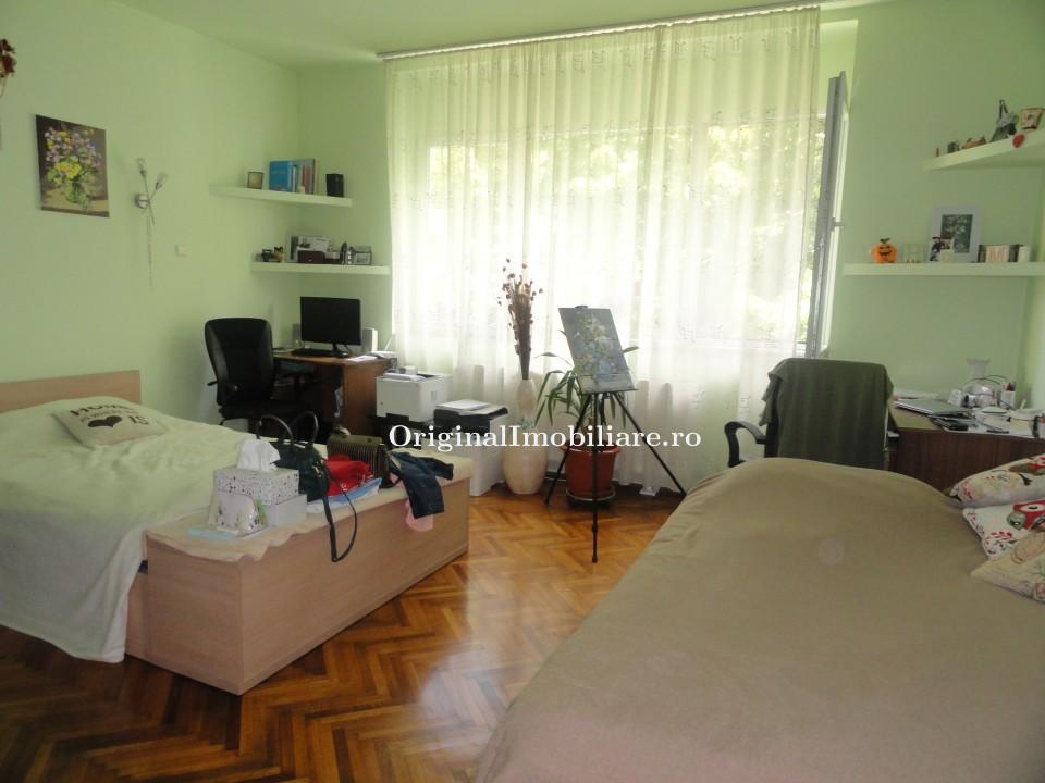 Apartament 3 camere in asociatie 173 mp
